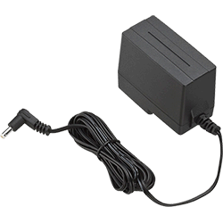 Standard Horizon 230V AC charger used with CD-52
